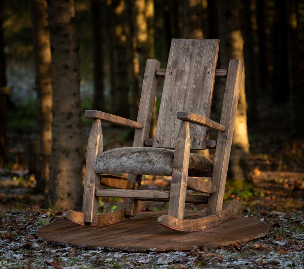 Kiiktool puidust, käsitöö